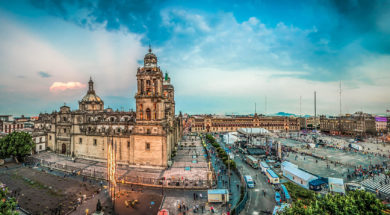 Working-in-Mexico-City-KTCHNrebel-copyright-Fotolia-javarman